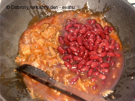 Rychlovka z vařeného masa s fazolemi