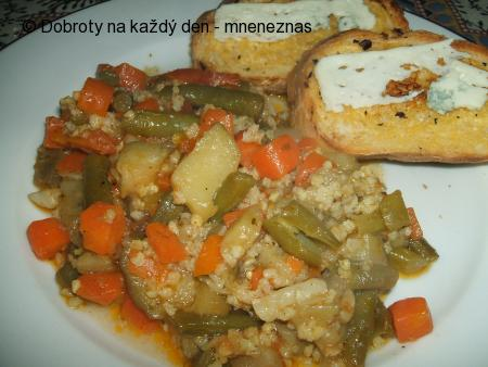 Jáhlovo - zeleninová pánev s bagetkami