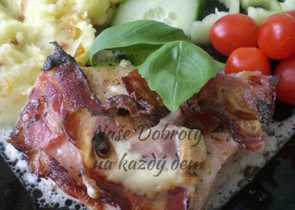 Kuřecí maso na bazalce a česneku