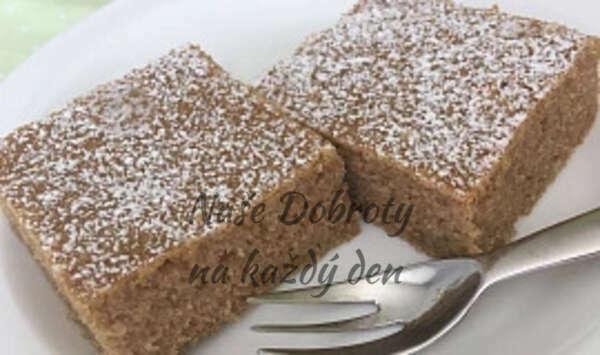 Cuketový koláč se skořicí