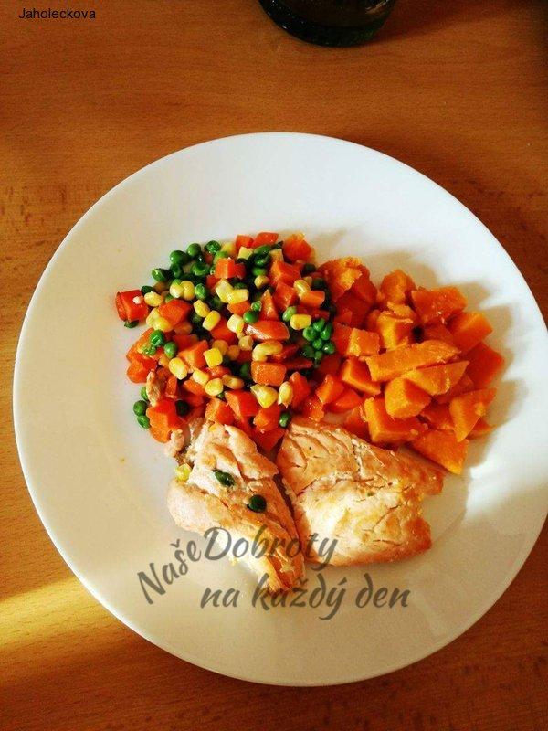Losos na zelenině s batáty