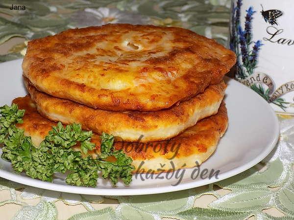 Kefírové placičky se sýrem