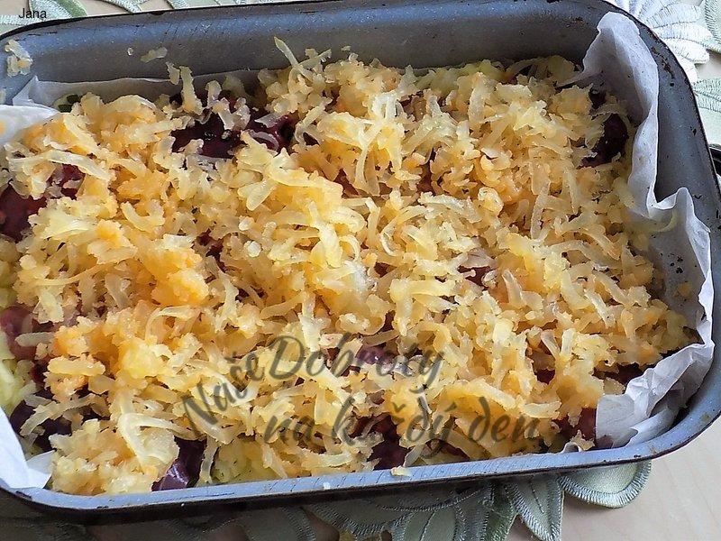 Zapékané brambory s tvarůžky a kuřecími játry