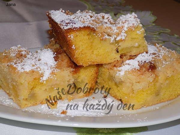 Křehký rebarborový koláč s drobenkou
