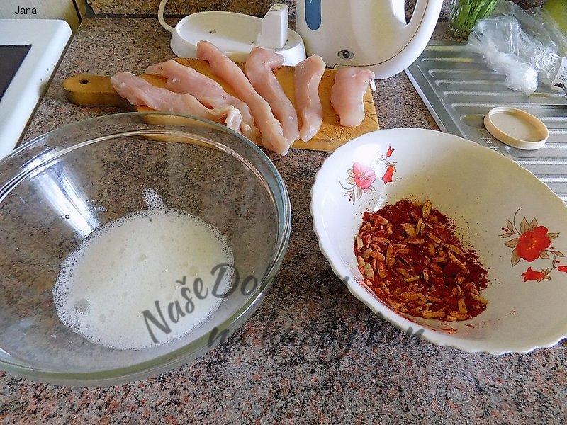 Kuřecí prsíčko v paprice a mandlích
