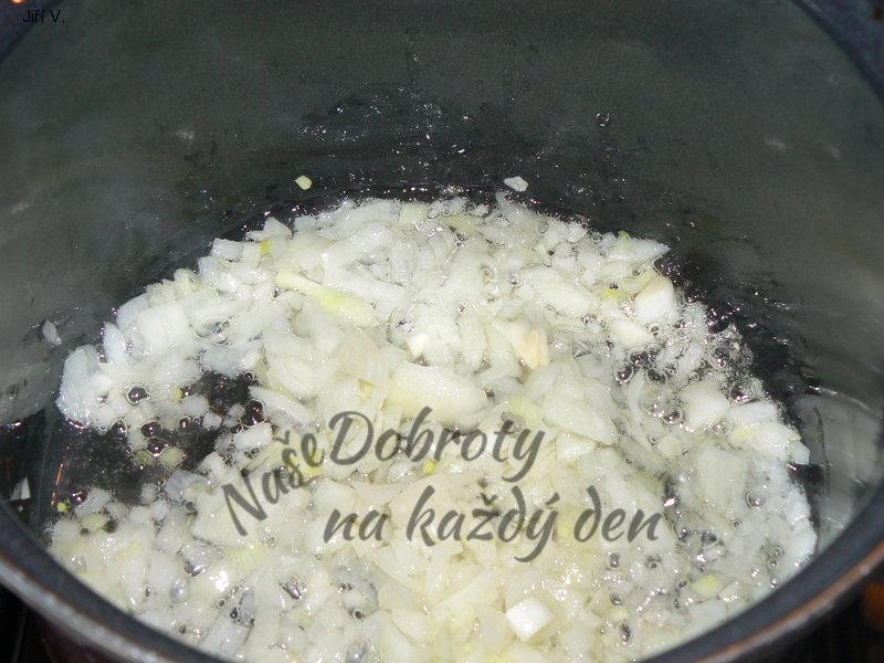 Rybí polévka na způsob dršťkové