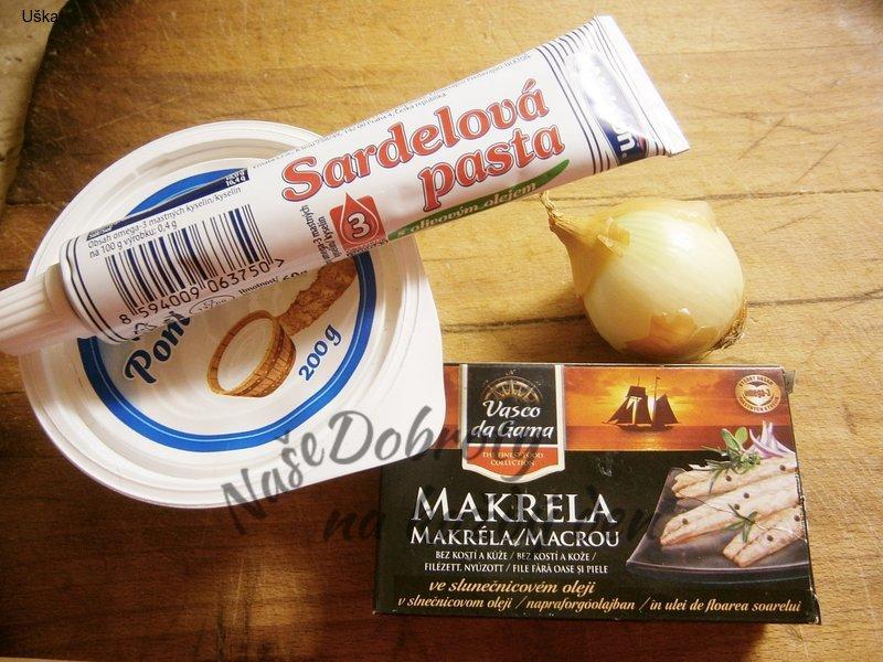 Pomazánka ze sardelové pasty a makrely v oleji