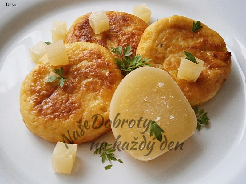 Placičky z bramborové kaše,plněné tvarůžkem
