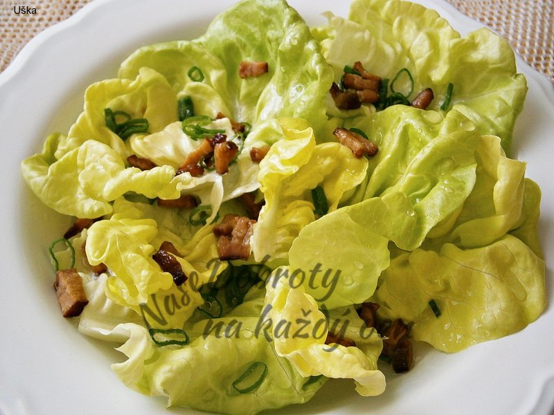 Hlávkový salát se špekem a sladkokyselou zálivkou,vzpomínka na babičku