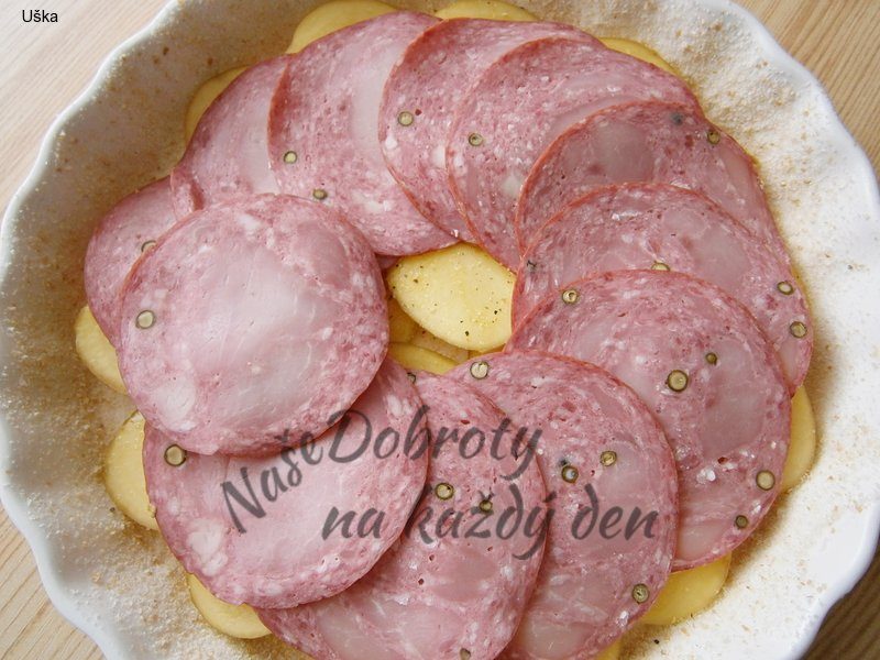 Zapečené smetanové brambory s cuketou