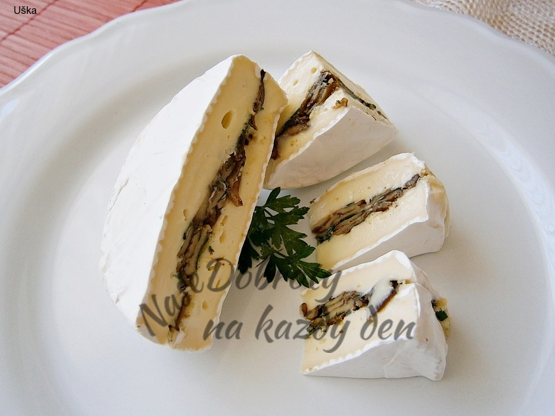 Plněný sýr,jako studené pohoštění