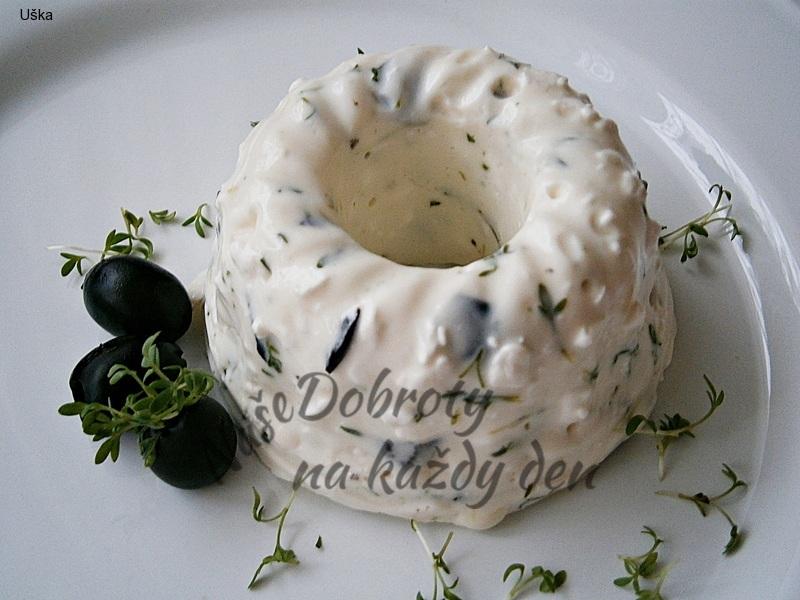 Sýrový dezert s olivami