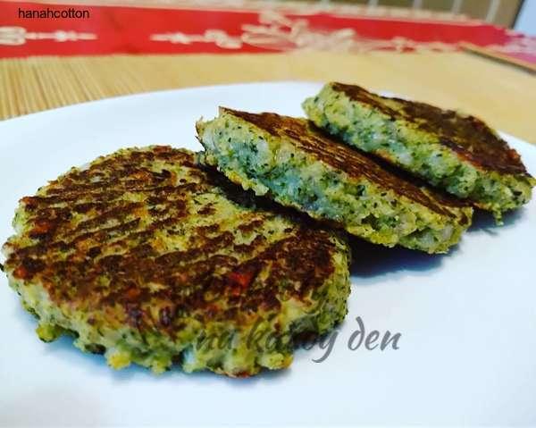 Brokolicové placky s cizrnou