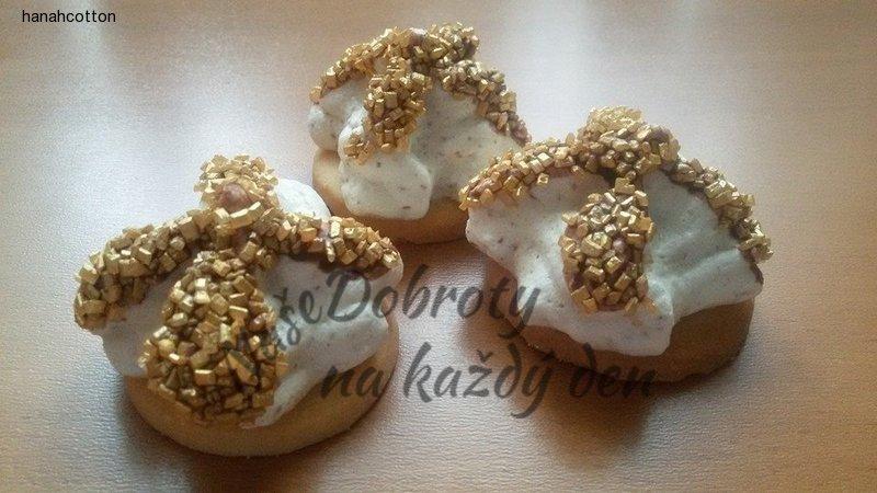 Ořechové extra pusinky