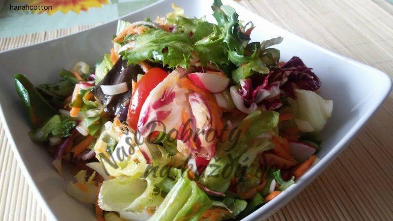 Pikantní zeleninový salát
